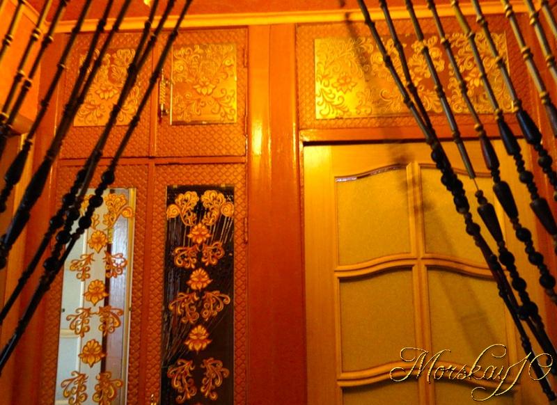 Morskay10. Расписные зеркала для коридорчика. Как было