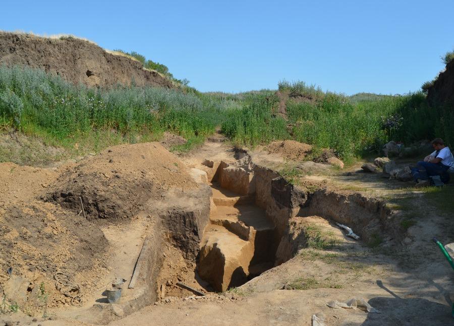 Раскопки в Буграх: следы кочевников скифских времен