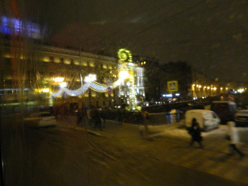Сюрреалистичный Петербург