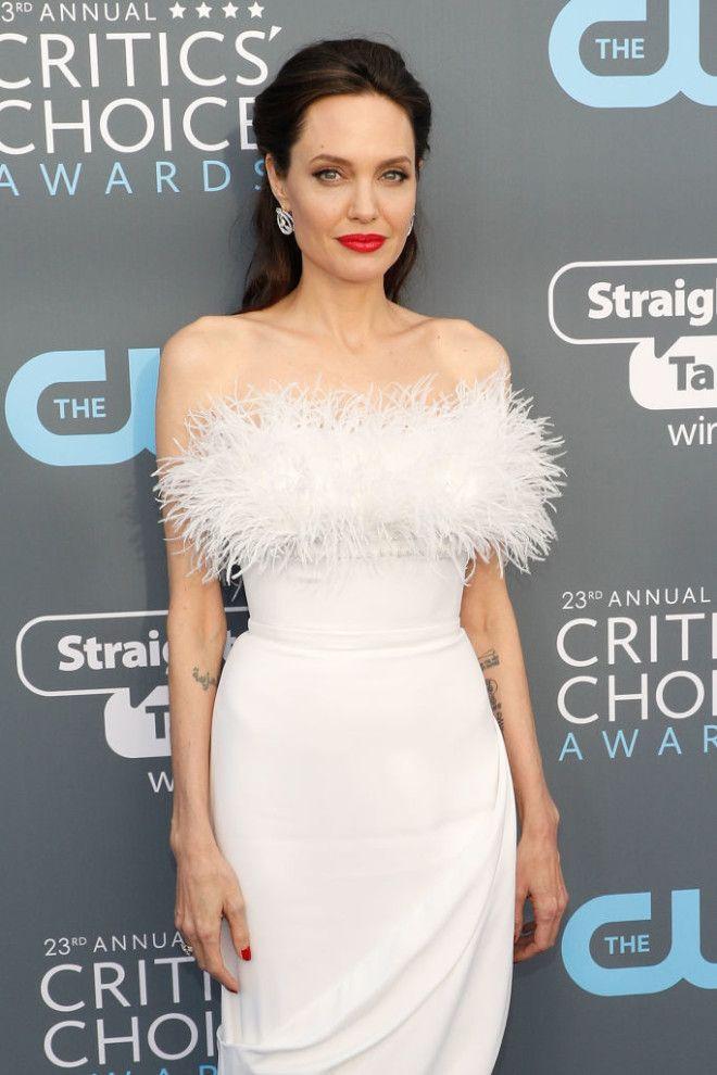 Это, пожалуй, самый привлекательный образ Анджелины Джоли за последние годы