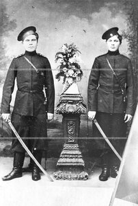Казаки 1-ой Уральской его величества казачьей сотни  полка .