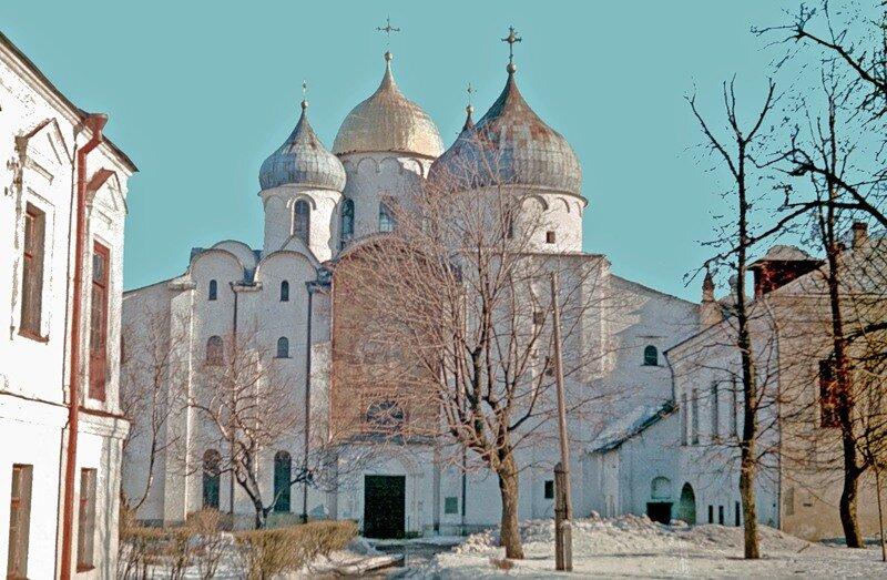 Новгород. Софийский собор. Общий вид.