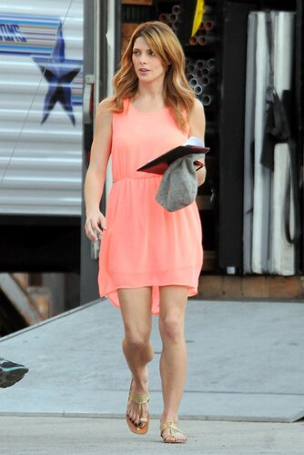 *EXCLUSIVE* Los Angeles, CA - Ashley Greene shows some leg at base camp while on break from filming her latest film 'Burying The Ex' in Los Angeles. The beautiful brunette actress flaunts her tone legs in a lose fitting peach skirt and sandals as she wal