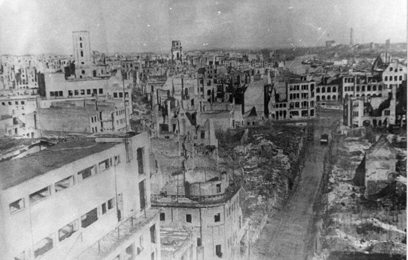 Königsberg largely destroyed,1945