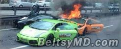 Сразу три Lamborghini сгорели дотла из-за ДТП