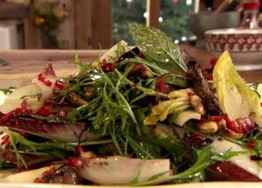 Новогодний салат из птицы в азиатском стиле