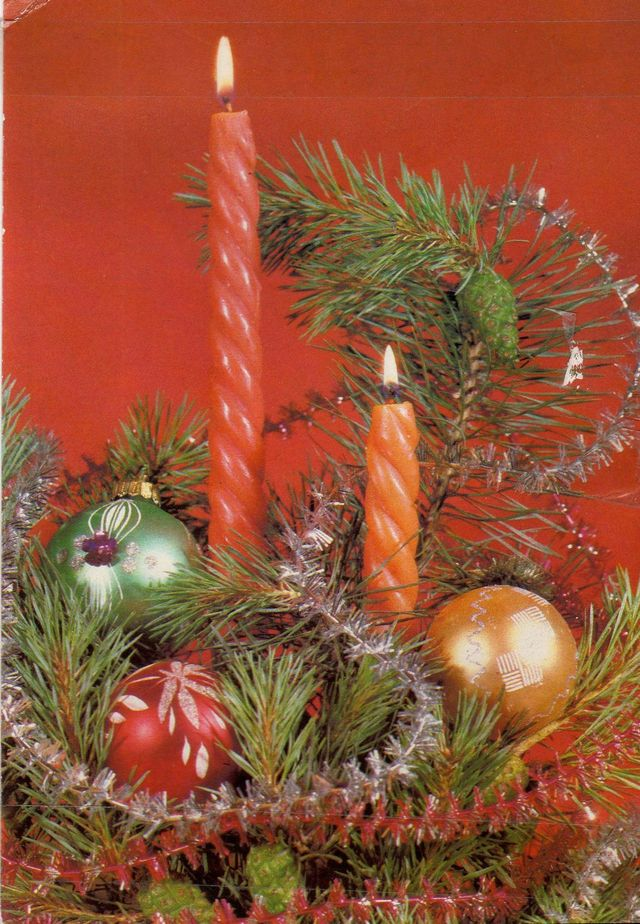 Игрушки, свечи, веточка, С Новым годом! открытки фото рисунки картинки поздравления