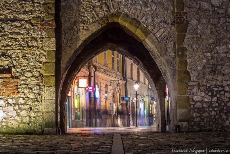 Флорианские ворота, Краков
