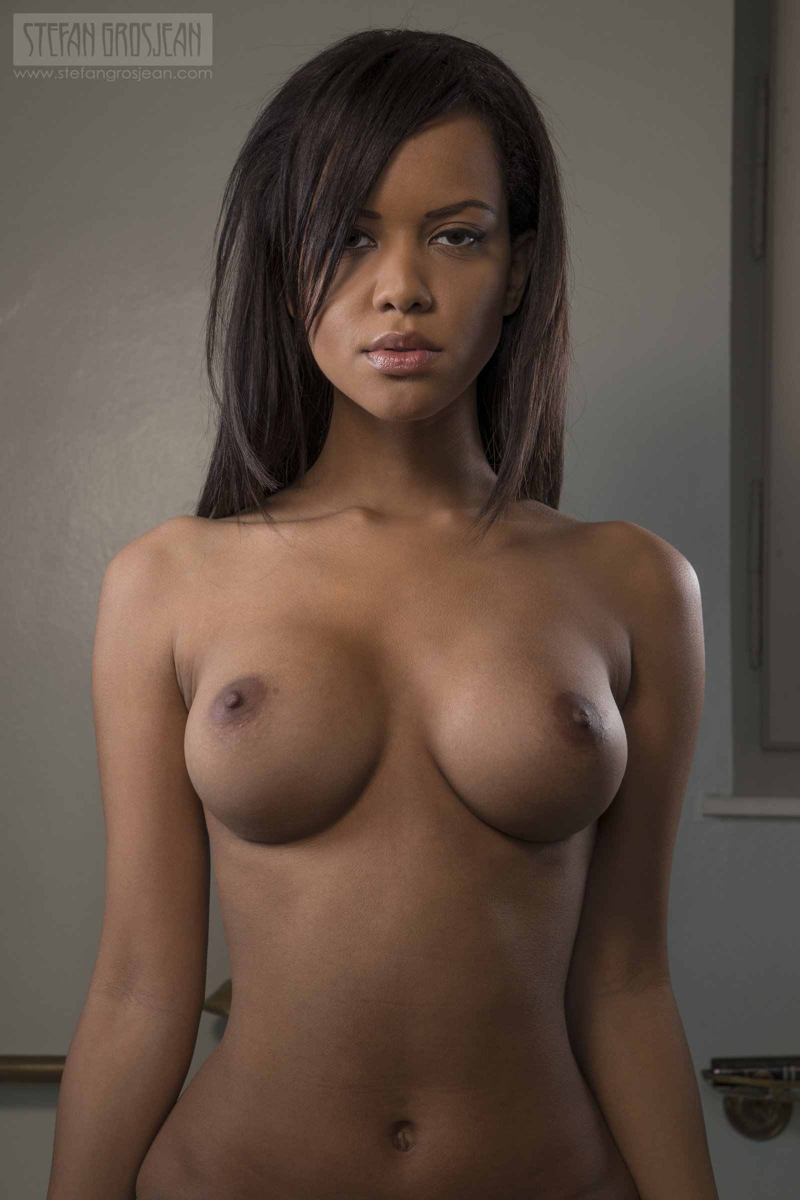 black-chicks-topless