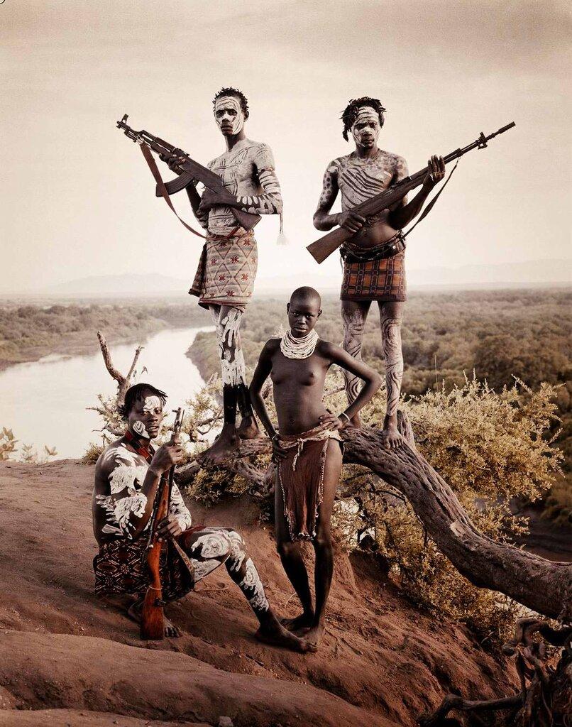 Представители эфиопского племени каро (1)