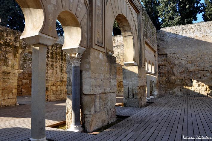 верхняя базилика