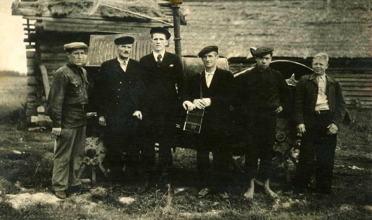 1940-е. Тракторная бригада села Резанка