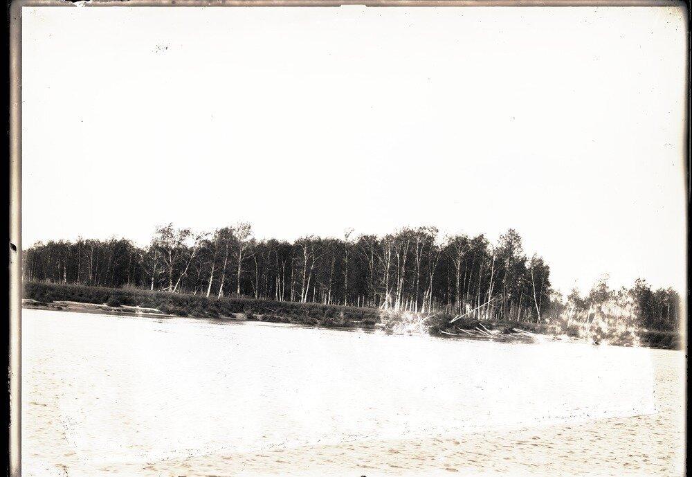 Грива, перпендикулярная реке