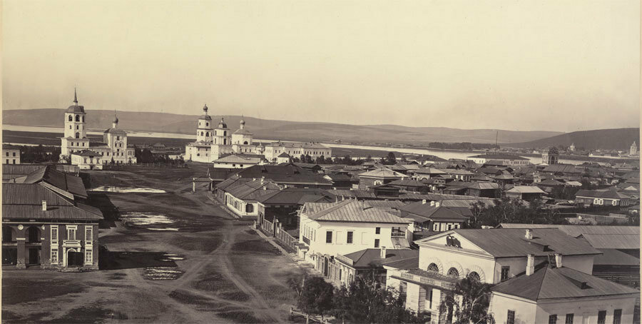 Панорама старого Иркутска до пожара. Фото А. К. Гофмана. 1866