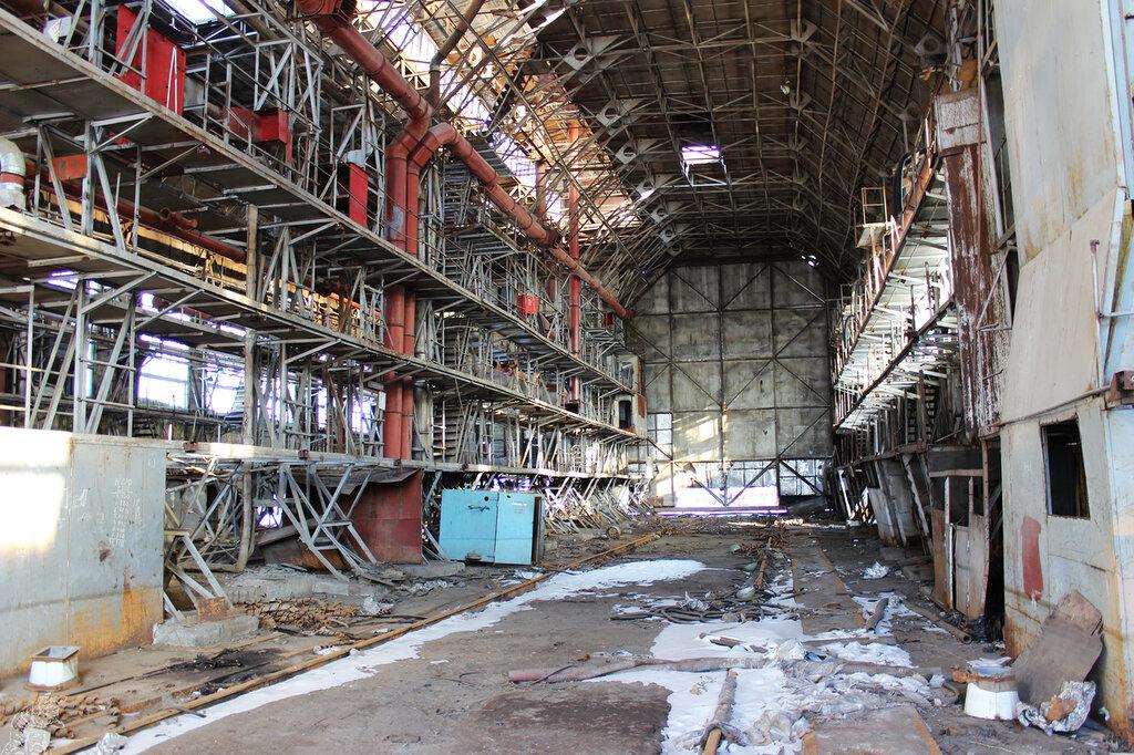 На выборгском судостроительном заводе завершается строительство баржи