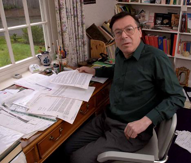 MI5 story see Chester Stern story.John Drewe at home in Reigate.