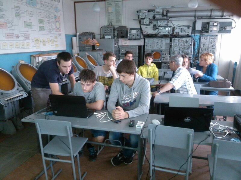 Школа роботы ДОСААФ-занятие2-контроллер-19.jpg