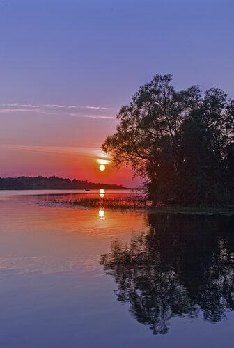 Река… Закат..… бескрайние просторы….