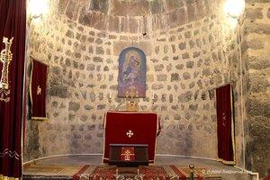 Церковь около Севана