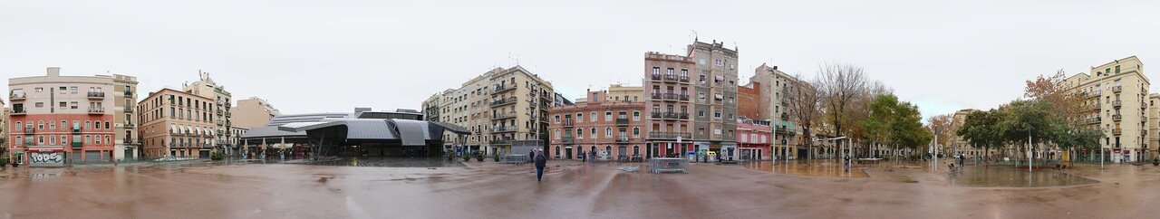 Барселонета. Площадь Поэта Боскана (Plaça del poeta Boscà)