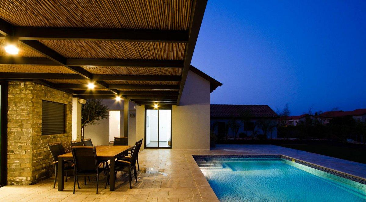 дома в Израиле фото, частныый дом с бассейном, небольшой частный дом в Израиле, SaaB architects, встроенная техника в доме, дом в Пардес-Хана-Каркур