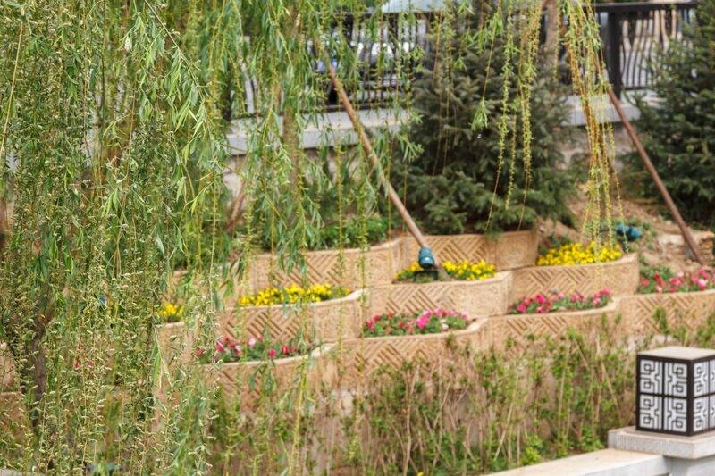 Стенка с цветами, Пекин