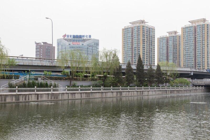 Современные здания вдоль Второго кольца, Пекин