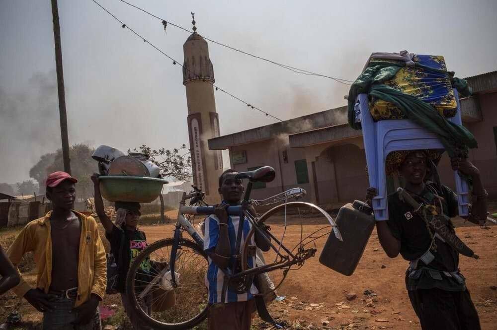 Такой обычно бывает добыча христианских детей-погромщиков в оставленных мусульманских кварталах