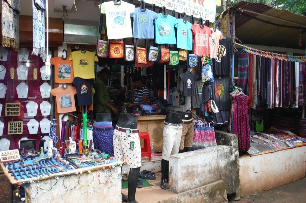 Арамболь. Уличная торговля
