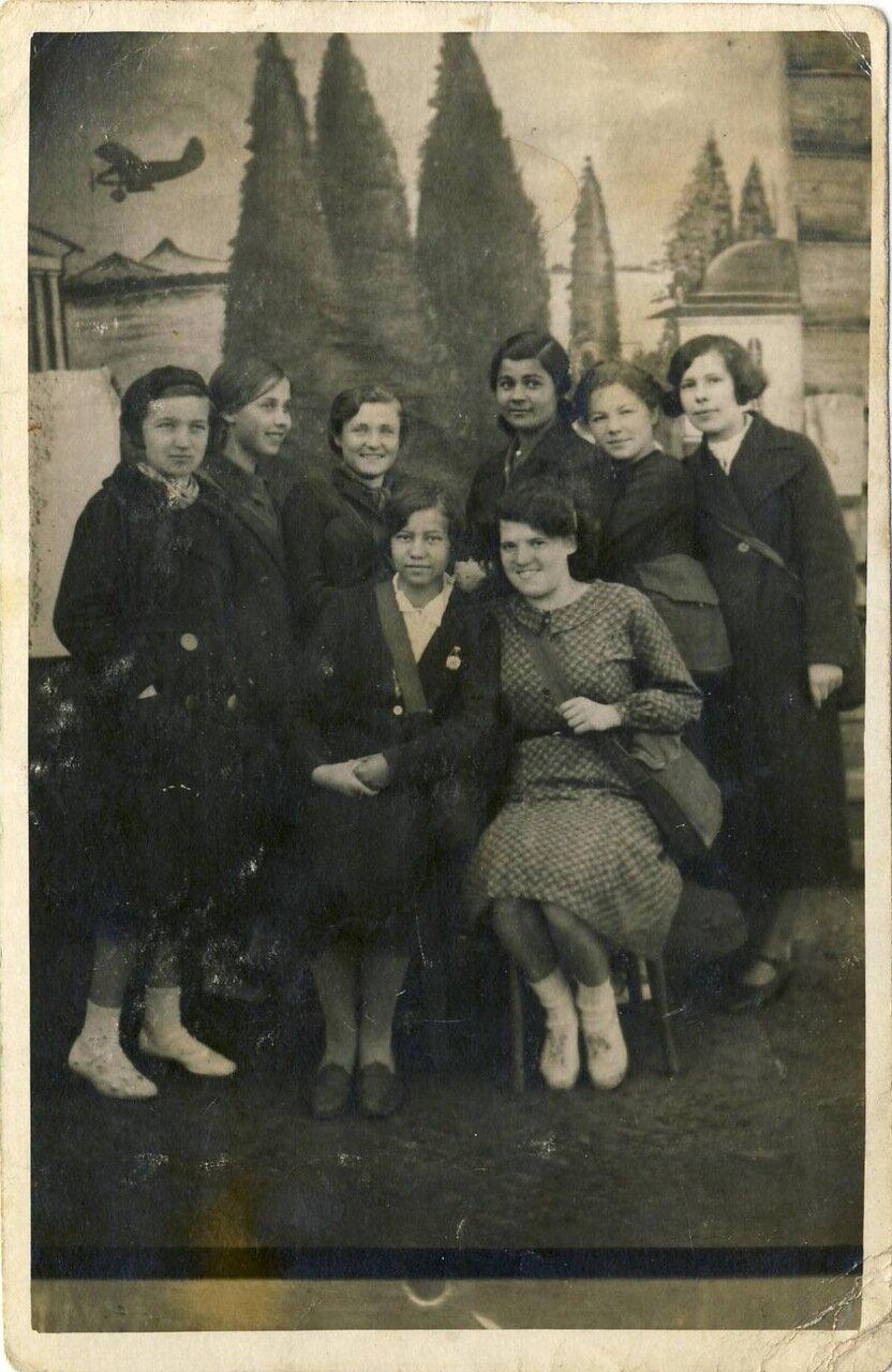 1941. Группа студенток Ярославского педагогического училища