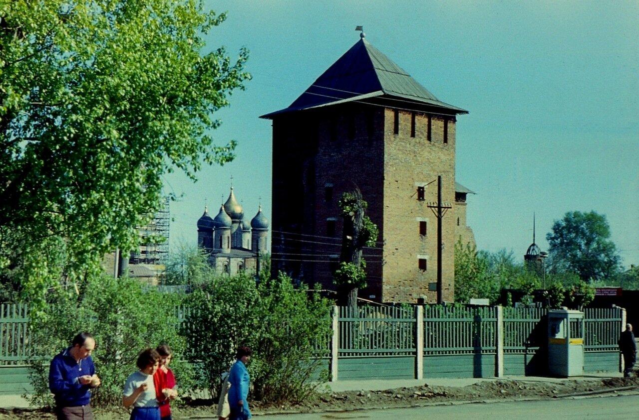 36.  Ямская  башня