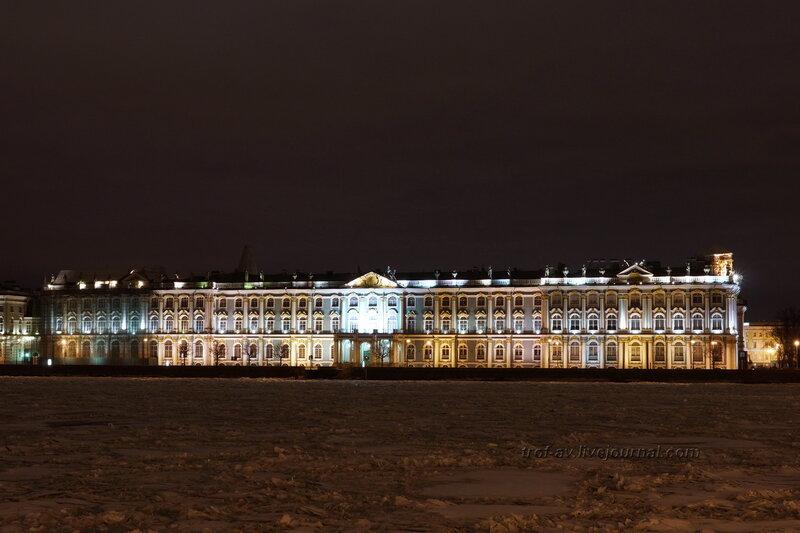 Зимний дворец с противоположного берега Невы, Санкт-Петербург