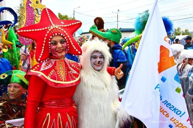 Детский карнавал, Красноярск, Театральная площадь, 01 июня 2013 года