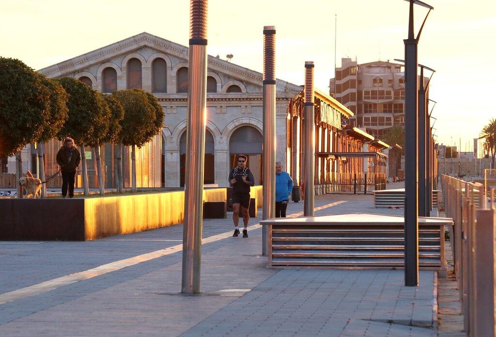 Таррагона. Набережная Moll de la Costa. Tarragona.