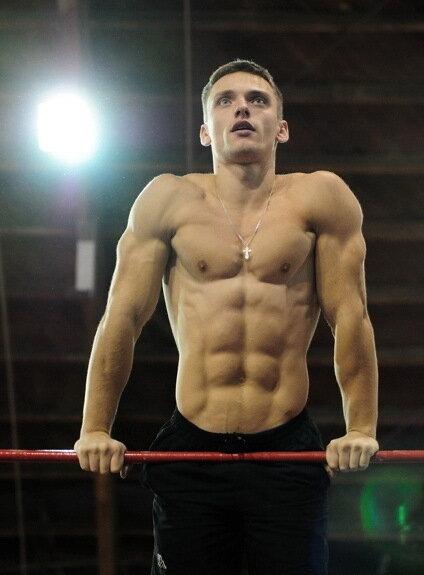 Максим Трухоновец - 21 выход силой на две руки. Мировой рекорд