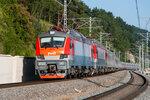 Электровозы ЭП20-010 и ЭП20-005 с поездом №104 Адлер - Москва