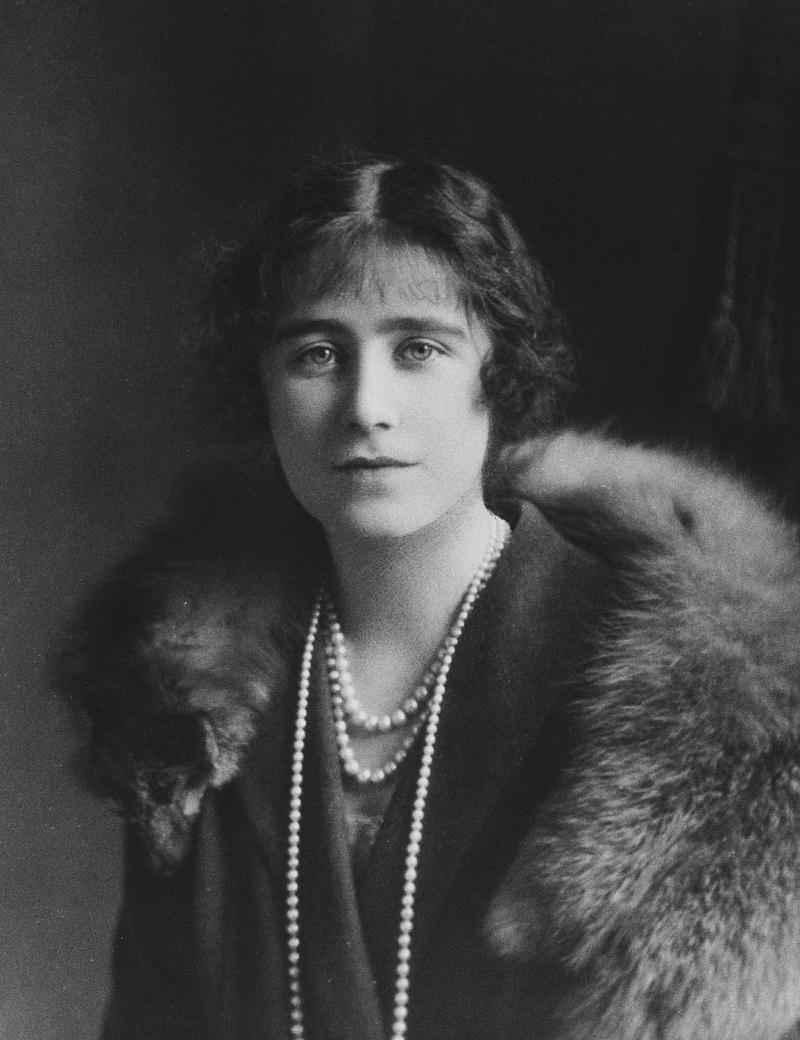 Елизавета Боуз-Лайон, когда герцогиня Йоркская (1900-2002)  1926 года