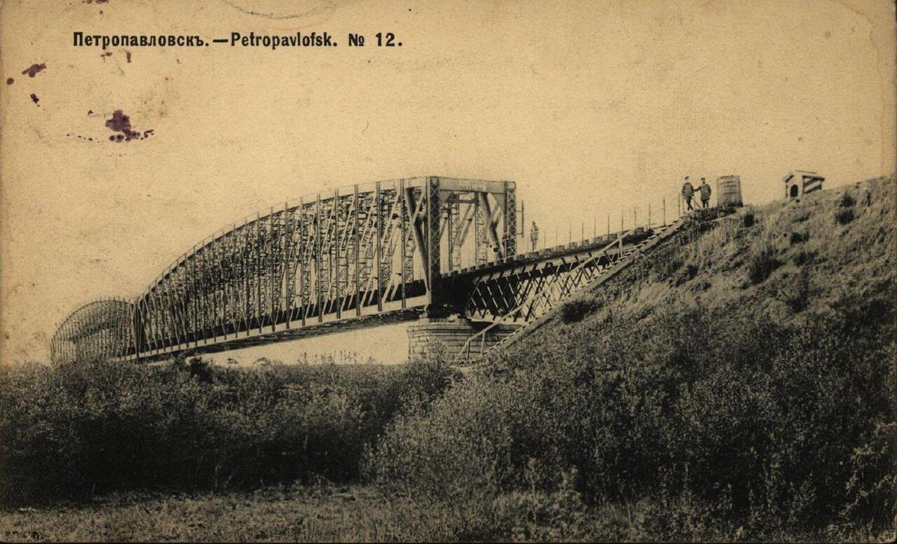 Железнодорожный мост через реку Ишим