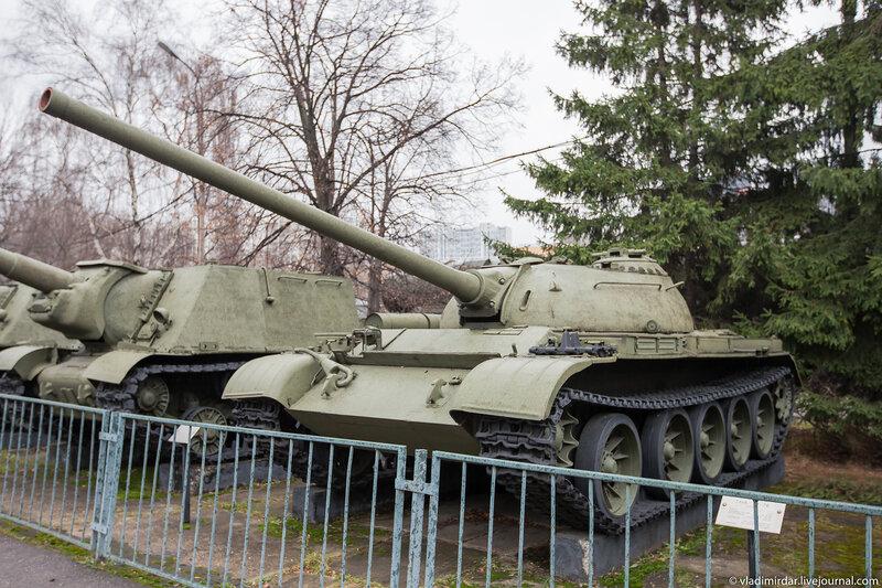 Средний танк Т-54