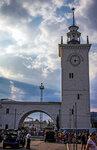 Часовая башня симферопольского вокзала