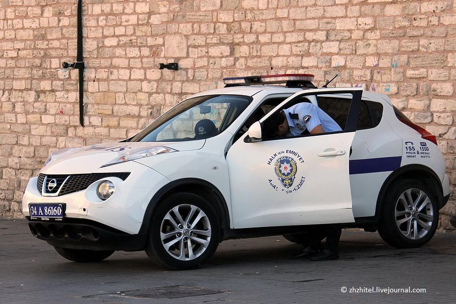 Полиция разных стран мира