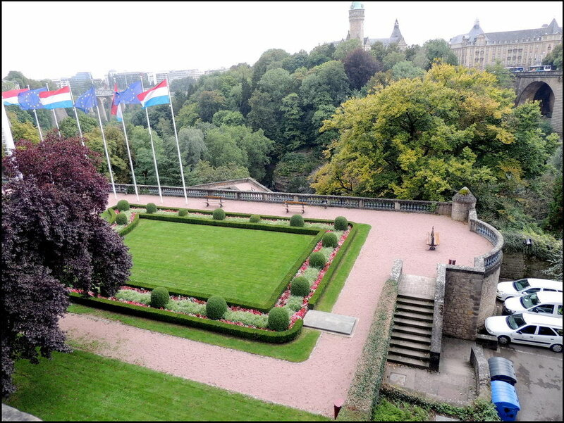 Luxembourg 8567