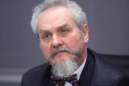 Профессора МГИМО уволили за статью против войны