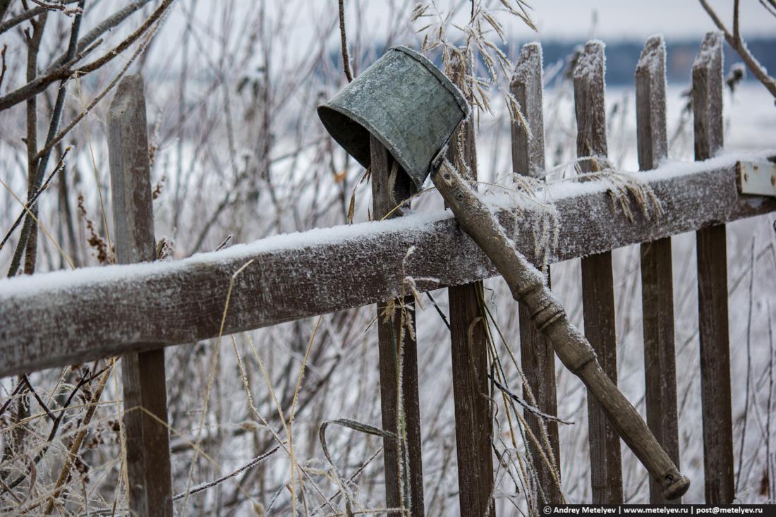Ковш которым черпают воду из колодца