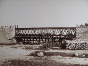 10. Сборка моста через реку Прудок на 496-й версте