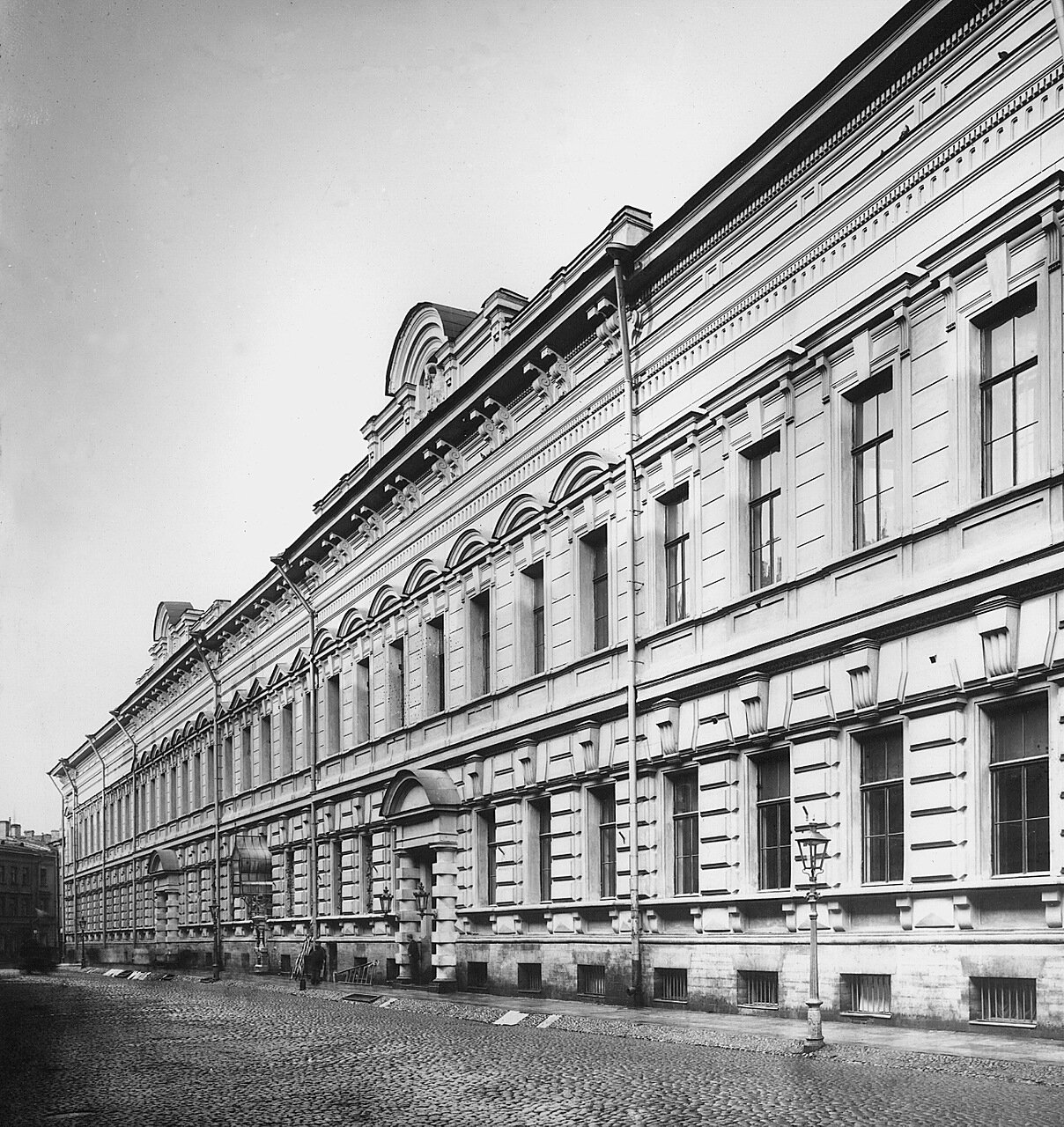 1913. Здание Опекунского совета. Казанская ул., д.7