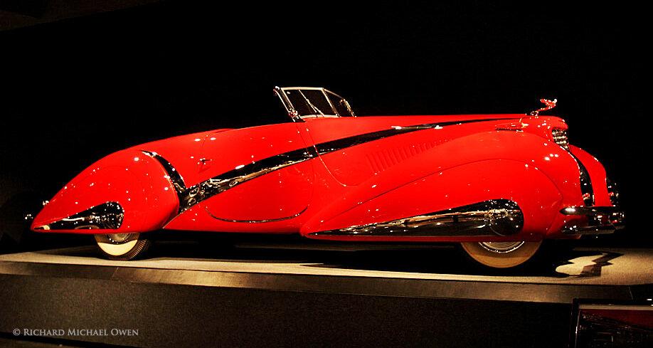 1937 Cadillac V-16 with Swiss Coachwork by Hartmann 4.jpg