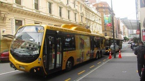 Дизайн общественного транспорта 0_ca275_dff855d7_L
