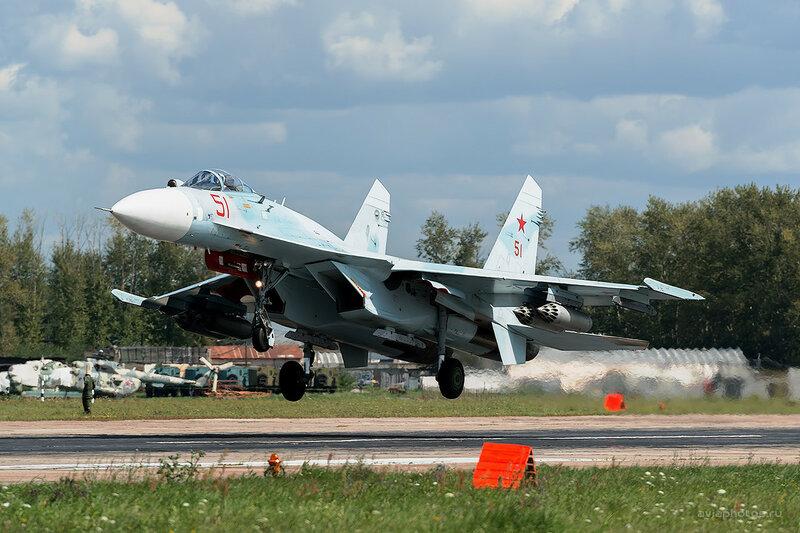 Сухой Су-27СМ3 (RF-93729 / 51 красный) D800185