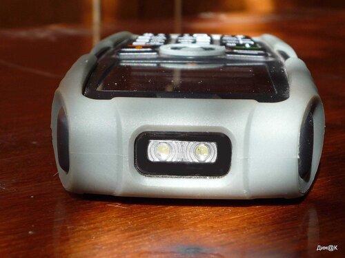 Texet TM-502R (фонарик)